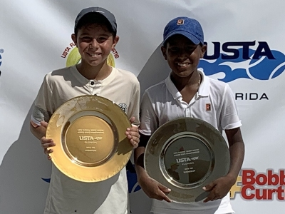 Boys-12s-Champion-and-Finalist-Zach-Friedland-and-Yubel-Ubri